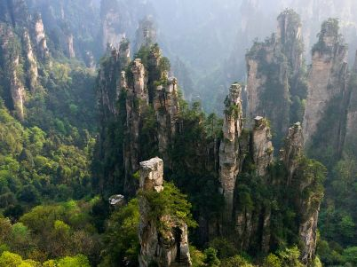 zhangjiajie-national-forest-park-china_66408_990x742