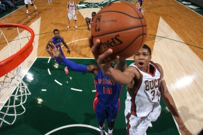 MILWAUKEE, WI - DECEMBER 4: Giannis Antetokounmpo #34 of the Milwaukee Bucks shoots against Greg Monroe #10 of the Detroit Pistons on December 4, 2013 at the BMO Harris Bradley Center in Milwaukee, Wisconsin. NOTE TO USER: User expressly acknowledges and agrees that, by downloading and or using this Photograph, user is consenting to the terms and conditions of the Getty Images License Agreement. Mandatory Copyright Notice: Copyright 2013 NBAE (Photo by Gary Dineen/NBAE via Getty Images)