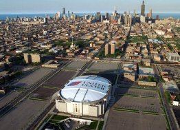 sdut-united-center-to-keep-name-for-another-20-years-2013dec11