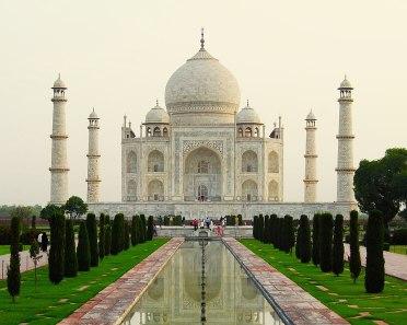 1200px-Taj_Mahal_Exterior